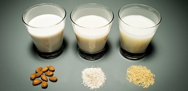 leites-feitos-a-base-de-amendoa-aveia-e-arroz-bebidas-vegetais